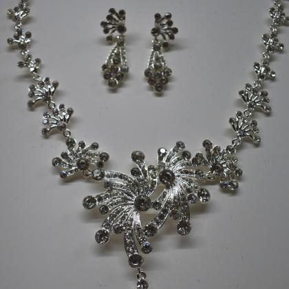 Bridal Necklace Alloy Rhinestone Ea..