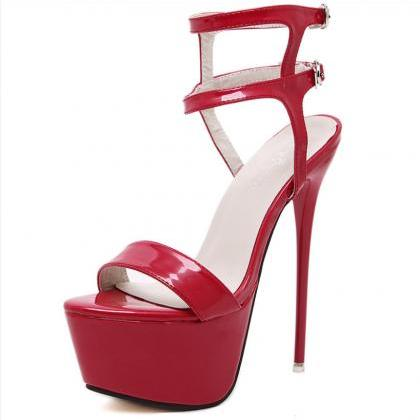 New large size super-heeled sandals..
