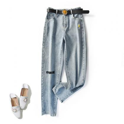 Women's Regular Size Mid-Rise Denim..