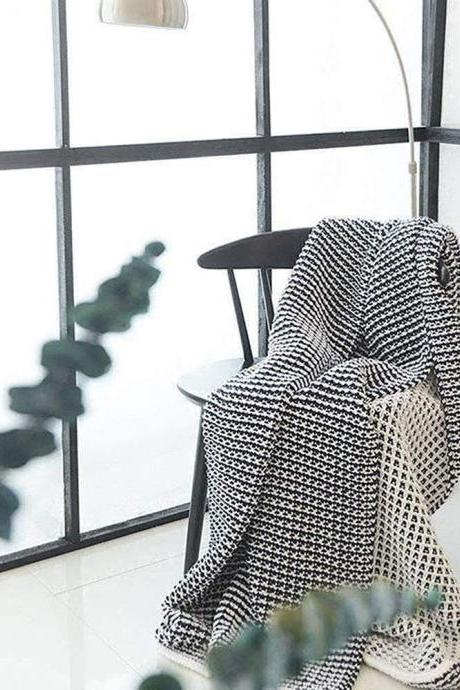 Knit Throw Blanket, Super Soft Throw Blankets Warm Cozy for Bed and Couch with Navy White Geometric Pattern Knitted Blanket-51 x 63""