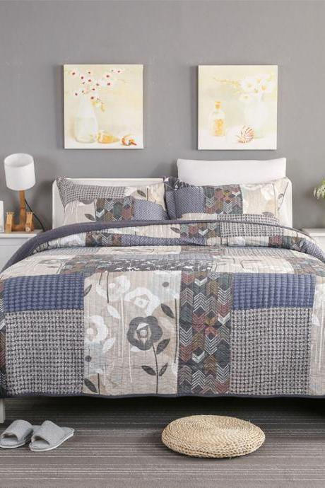 Bedsure 3-Piece Printed Quilt Set Queen/Full Size (100x107 inches), Lightweight Coverlet Design for Spring and Summer, 1 Quilt and 2 Pillow Shams