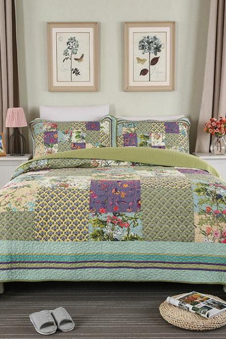 Bedsure 3-Piece Printed Quilt Set Queen/Full Size (102x106 inches), Lightweight Coverlet Design for Spring and Summer, 1 Quilt and 2 Pillow Shams