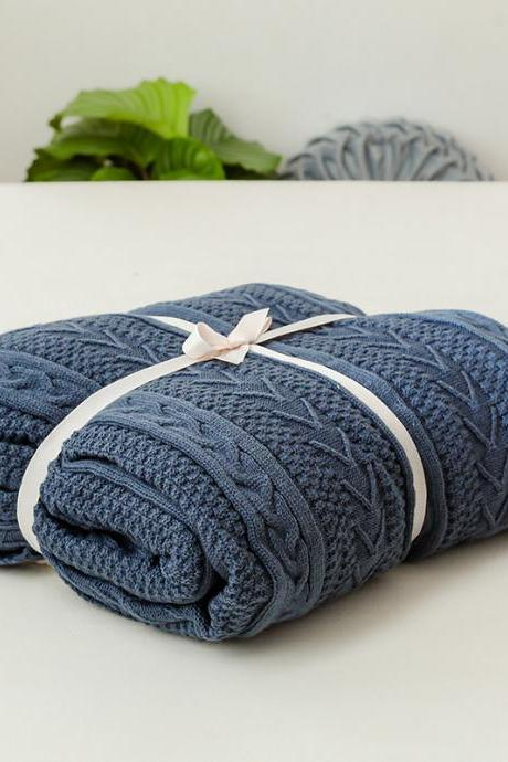 Knitted blanket thickening lamb blanket office nap blanket cotton plus velvet blanket plain