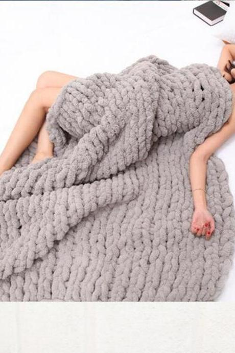 Bedlining Chunky Knit Blanket Throw Bulky Knitting Blanket Chenille Blankets Soft Cozy Polyester (gray, 47x70in(120X180cm)