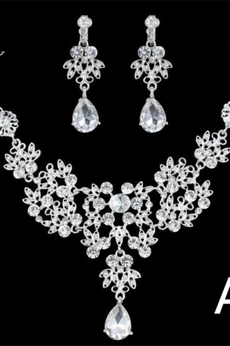 Wedding Rhinestone Necklace Earrings Jewelry Sets Silver Flower Bridal Accessories with Teardrop Pendant for Bride