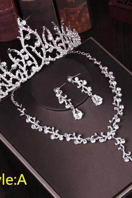 Bridal Crown Headdress Three-Piece Set New Wedding Jewelry Bridal Necklace Jewelry Set with Accessories