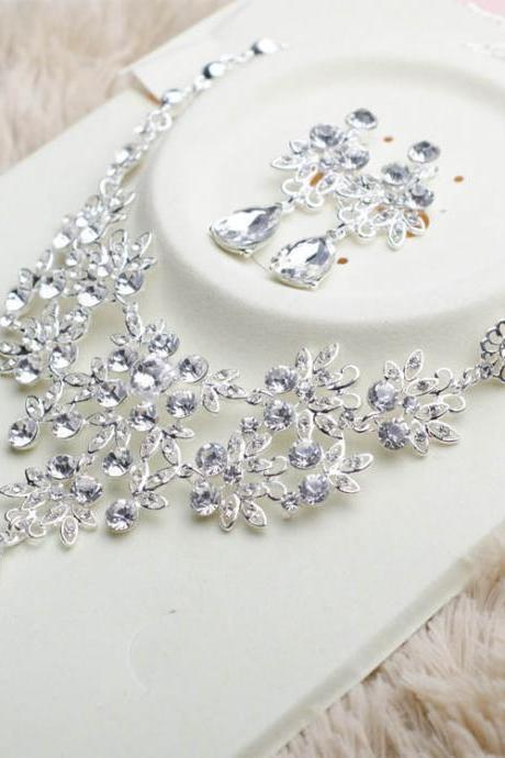 Bridal jewelry wedding jewelry dress accessories rhinestone necklace set