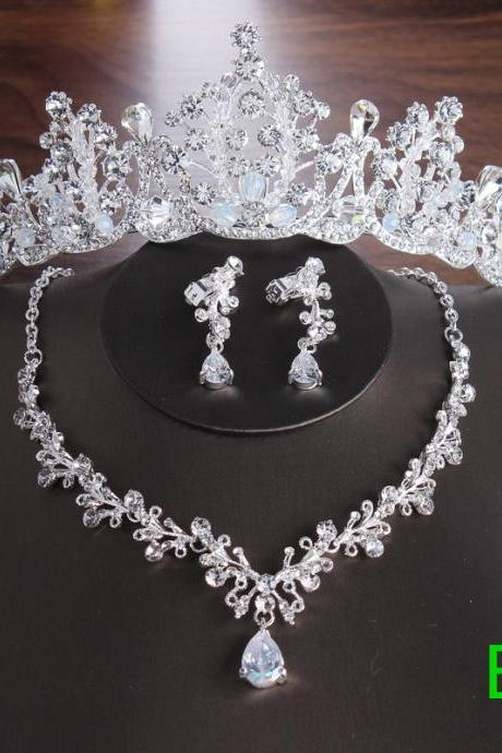 2019 New Korean Bride Crown Necklace Earrings Three-piece Wedding Accessories Bridal Set Chain