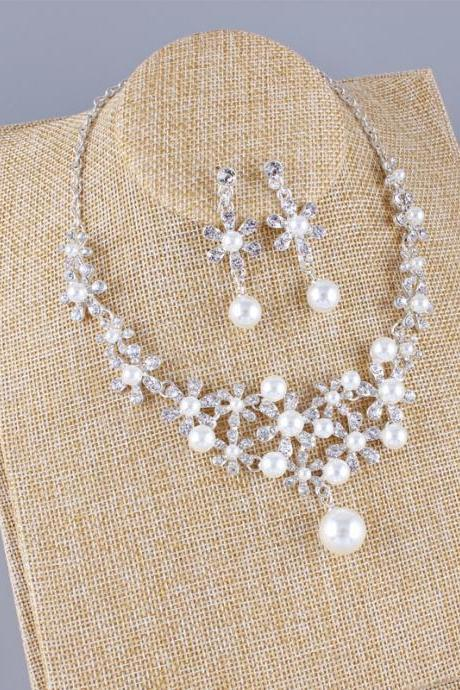 New Bridal Necklace Earrings Two-piece Korean Simple Pearl Rhinestone Wedding Dress Wedding Accessories