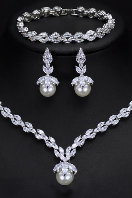 Bridal Zircon Hypoallergenic Set Chain Shell Pearl Bracelet Earring Necklace Three Piece Set