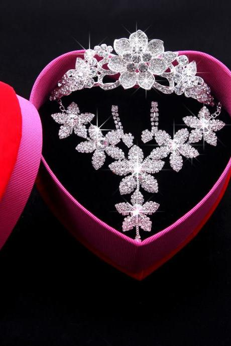 Wedding Dress Accessories Crown Necklace Earrings Three-piece Gift Box Bridal Wedding Show Performance Jewelry