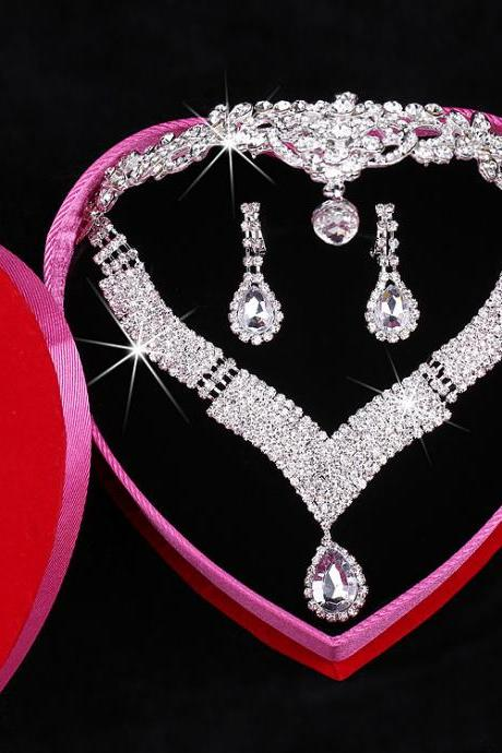 Bridal wedding accessories Bridal jewelry set with gold setting crystals