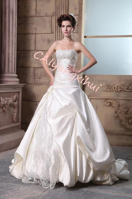 Women's Double Bandeau neckline Lace Applique Empire Chapel Train Wedding Dress