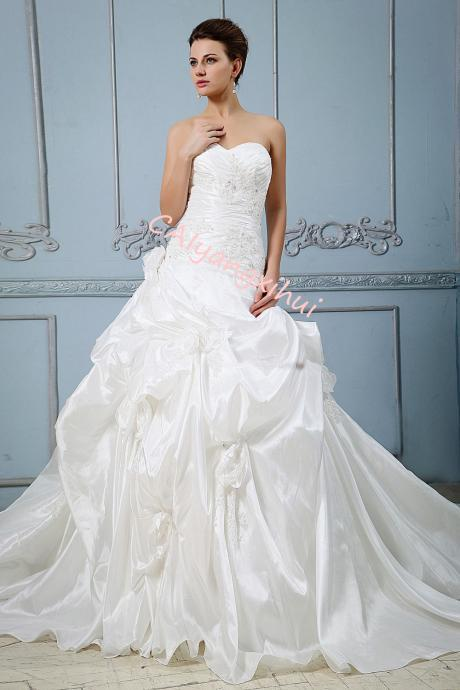 Women's Taffeta Sweetheart Neckline Tiered Fold Wedding Dress