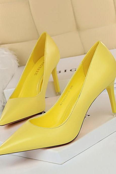 Women's simple and versatile women's shoes, thin heels, high heels, shallow mouth, pointed OL, thin women's shoes