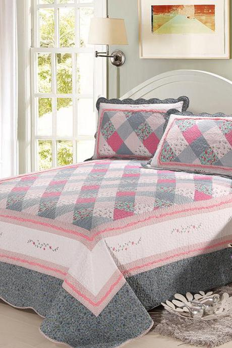 Quilted quilt cotton three-piece set spliced ​​cotton quilt with air-conditioning cover