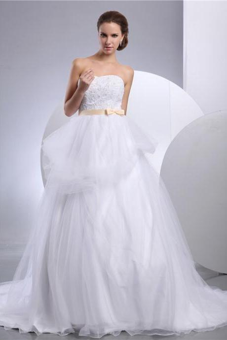 Bride white wedding dress lace wedding dress