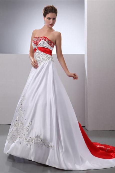 Bride white embroidery wedding dress
