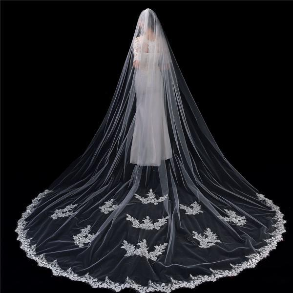 Wedding Bridal Veils Beautiful Long Veil with Lace and Metal Comb at the Edge Cathedral Length