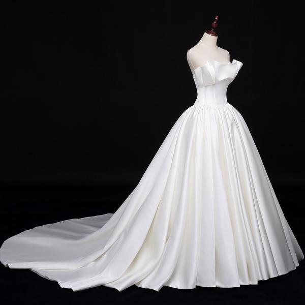 New bride satin simple and thin trailing Hepburn wedding dress