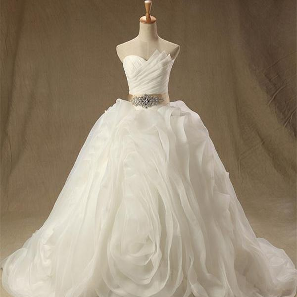White Ball Gown Lace Up Organza Ruched Wedding Dress Bridal Gowns